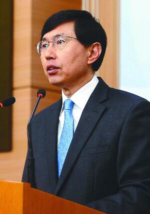 조준혁 외교부 대변인이 6일 서울 종로구 외교부 청사에서 일본 정부의 주한 일본대사 일시 귀국 조치와 관련해 논평을 발표하고 있다. 뉴시스