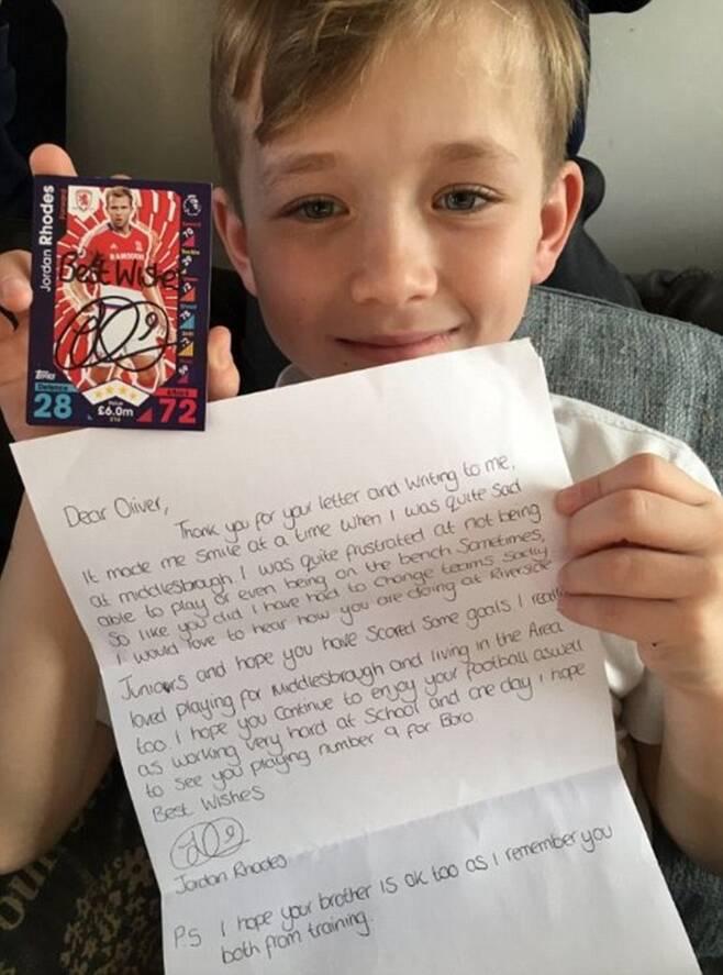 ▲ 조던 로즈의 편지를 받은 소년 ⓒSarahWarren82 twitter