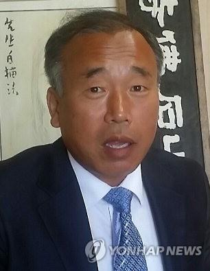 훈민정음 해례본 상주본 소장자인 배익기씨. [연합뉴스 자료사진]