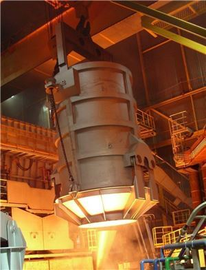▲동국제강이 인천 공장에 준공한 친환경 '에코아크 전기로'