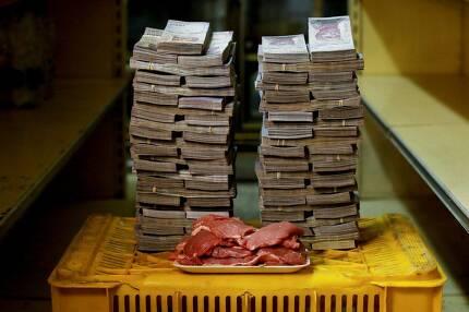 역시 가장 비싼 것은 쇠고기였다. 1㎏이 950만 볼리바르였다.