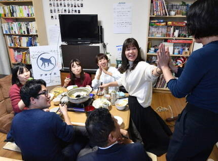 쉐어하우스 모습. 일본 쉐어 문화는 2011년 동일본 대지진을 기점으로 나타난다. 사진=마이니치신문