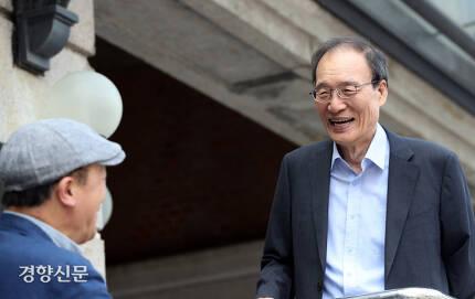허수열 교수가 이용훈 <반일종족주의>통계의 허상을 조목조목 반박하고 있다./김창길 기자