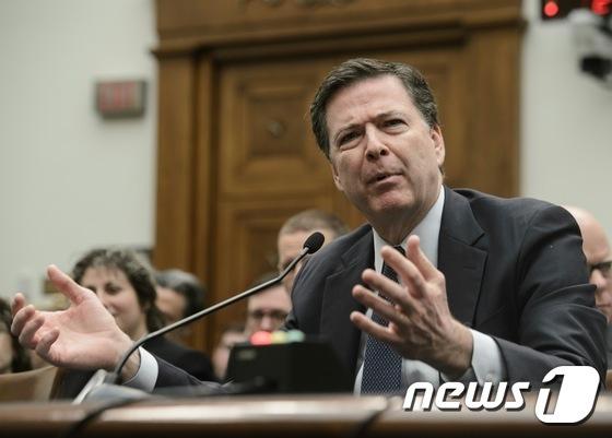 미국 워싱턴 하원 법사위 청문회에 출석한 제임스 코미 연방수사국(FBI) 국장. © AFP=뉴스1