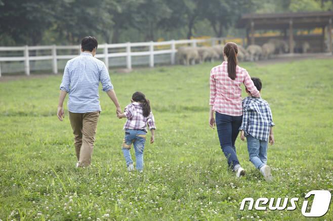 한 여행사 조사결과에 따르면 지난 6~8월 어린이 자녀 동반 여행객은 지난해 같은 기간 대비 20%나 늘었다.© News1