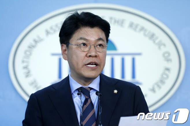 장제원 자유한국당 수석대변인. 2017.11.13/뉴스1 © News1 안은나 기자