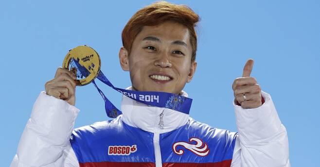 - 러시아로 귀화해 2014 소치동계올림픽에서 3관왕을 차지한 빅토르 안(한국명 안현수) AP 연합뉴스