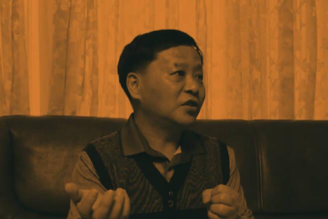 <코피노아빠를찾습니다> 운영자인 구본창씨. 그는 &quot;애 아빠에게 부양의 책임을 묻는 것은 나라가 할 일이다. 이 일은 위험하며, 지금이라도 그만두고 싶다'고 고백했다. ⓒ이성훈