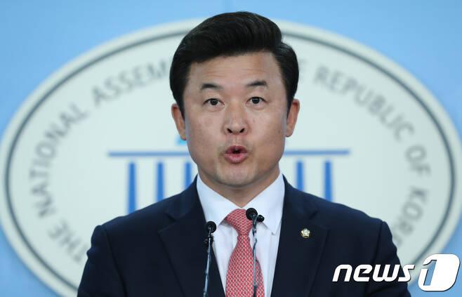 윤영석 자유한국당 수석대변인./뉴스1 © News1 박정호 기자