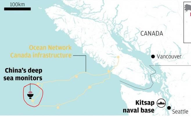 빨간 표시가 중국이 감시카메라를 설치한 지역이다. 키트샙 미 해군기지에서 300km 정도 떨어진 곳이다. 검은색  실선은 미국과 캐나다 국경이며,  양국 사이에 위치한 해협이 유명한 '후안 드 푸카'   해협이다.  - 구글 갈무리