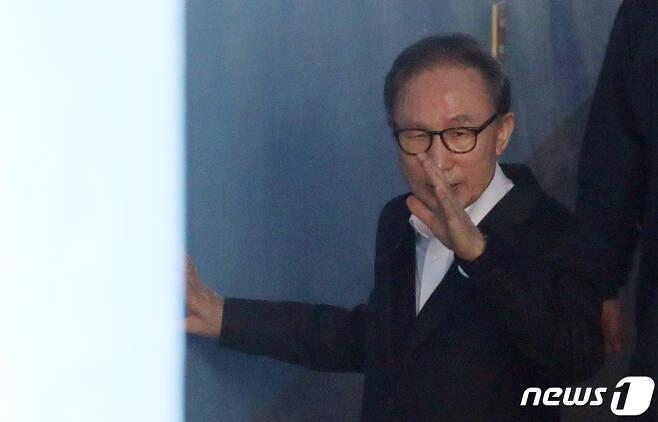 이명박 전 대통령. 2019.2.18/뉴스1 © News1 구윤성 기자