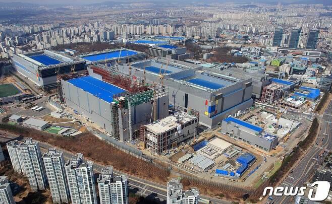삼성전자 화성캠퍼스 EUV 라인 전경. (삼성전자 제공) 2019.4.16/뉴스1