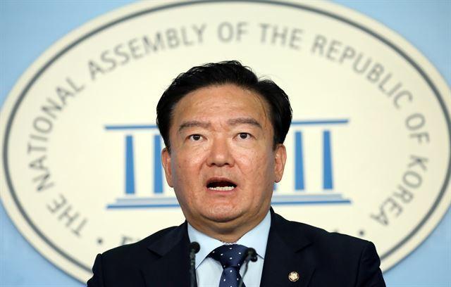 민경욱 자유한국당 대변인. 뉴스1