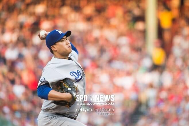▲ 다저스의 실질적 에이스로 활약 중인 류현진은 포스트시즌에서의 활약도 큰 기대를 모으고 있다