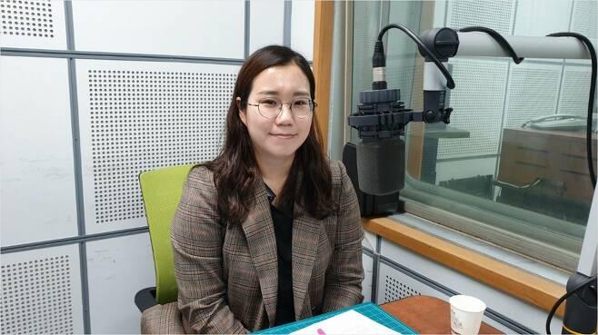 한국일보 박소영 기자 (사진=시사자키 정관용입니다 제작진 제공)
