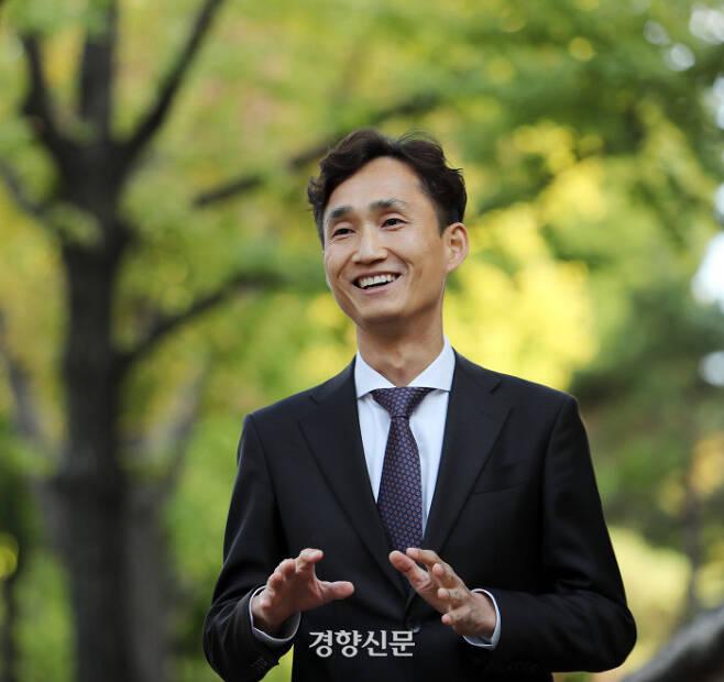 이의철 유성선병원 직업환경의학센터 소장. 강윤중 기자 yaja@kyunghyang.com→