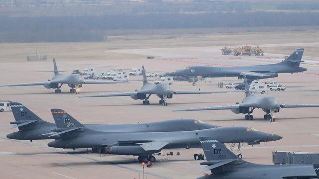 """전략폭격기, 한반도 유사시 괌에서 출격…""""대당 1회 전개비용 약 2억 원"""""""