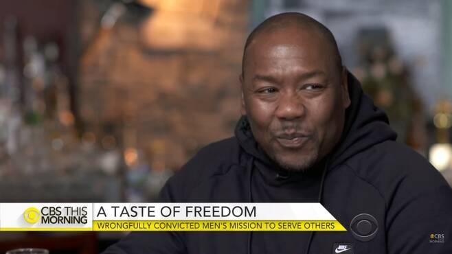1991년 살인 혐의 유죄 선고를 받고 21년간 억울한 옥살이를 한 데릭 해밀턴. /사진=CBS모닝 유튜브 캡쳐