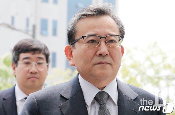 '별장 성접대와 뇌물 의혹사건' 정점에 있는 김학의 전 법무부 차관./사진=뉴스1