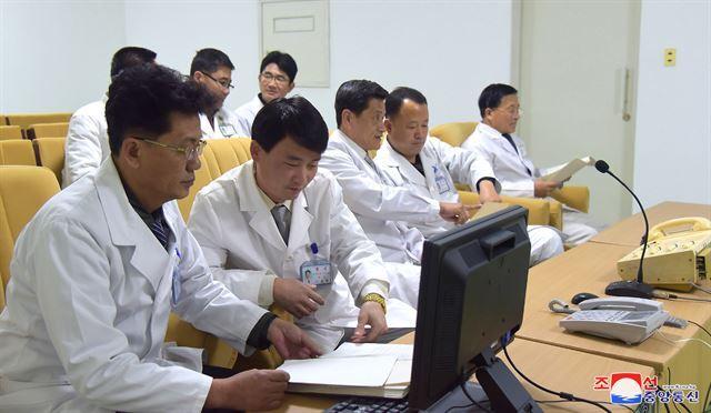 북한이 비상설중앙인민보건지도위원회의 지도하에 신종 코로나바이러스 감염증을 차단하는 데 전념하고 있다고 조선중앙통신이 4일 보도했다. 평양 조선중앙통신=연합뉴스