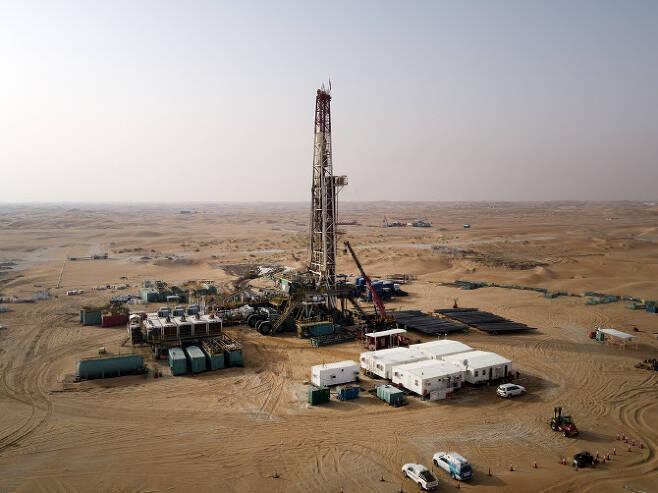 한국석유공사가 지분 30%를 투자해 지난해 상업생산을 시작한 아랍에미리트(UAE) 할리바 광구 전경. 한국석유공사 제공