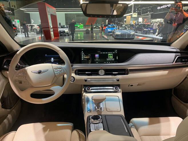 제네시스 2020년형 G90 실내.