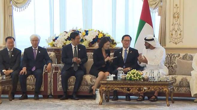 2018년 4월 UAE를 방문한 송영무 장관 일행…왼쪽 첫번째가 남세규 ADD 소장이다.