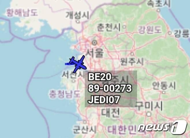 미 공군 가드레일RC-12X) 1대가  14일 식별부호를 켜고 서해안 일대를 비행하고 있다. 출처=항공기 추적 트위터 계정 콜사인(callsign:CANUK78) ⓒ 뉴스1