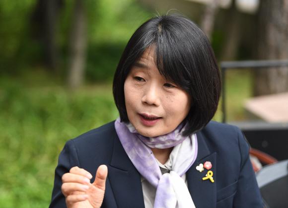 윤미향 더불어시민당 비례대표 당선자 2020.5.12 오장환 기자 5zzang@seoul.co.kr