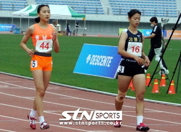 27일 오전 강원도 정선종합운동장에서 열린 '제11회 한국 U18(청소년) 육상경기대회' 여자부 200m에 출전한 양예빈은 26초52를 기록하며 2위로 골인해 결선에 올랐다.