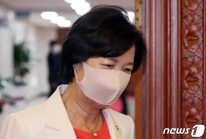 추미애 법무부 장관 2020.6.30/뉴스1 © News1 김명섭 기자