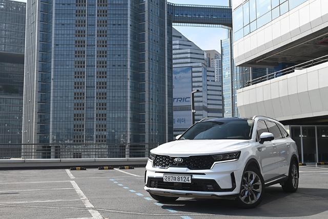 기아자동차의 스테디셀링 SUV, 쏘렌토가 새로운 세대를 맞이했다.