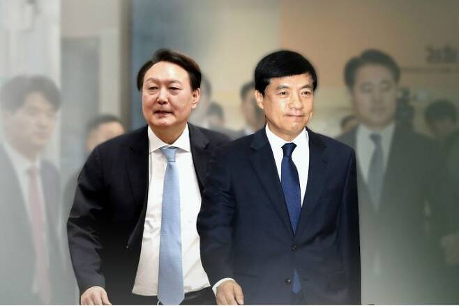 윤석열 검찰총장(왼쪽)과 이성윤 서울중앙지검장. (사진=연합뉴스/자료사진)
