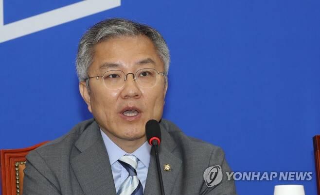 열린민주당 최강욱 대표[연합뉴스 자료사진]