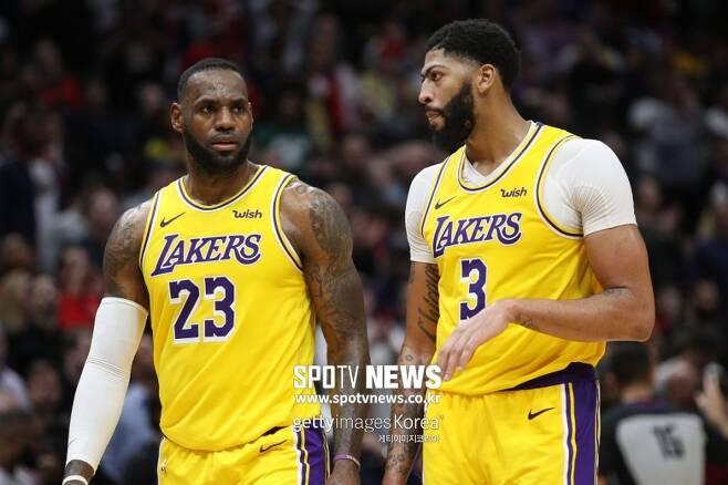 ▲ LA 레이커스는 르브론 제임스와 앤서니 데이비스(왼쪽부터)를 도울 선수들이 필요하다.