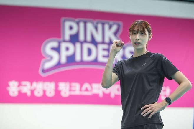 ▲ '배구 여제' 김연경이 흥국생명 팀 훈련에 합류했다. ⓒ흥국생명 구단