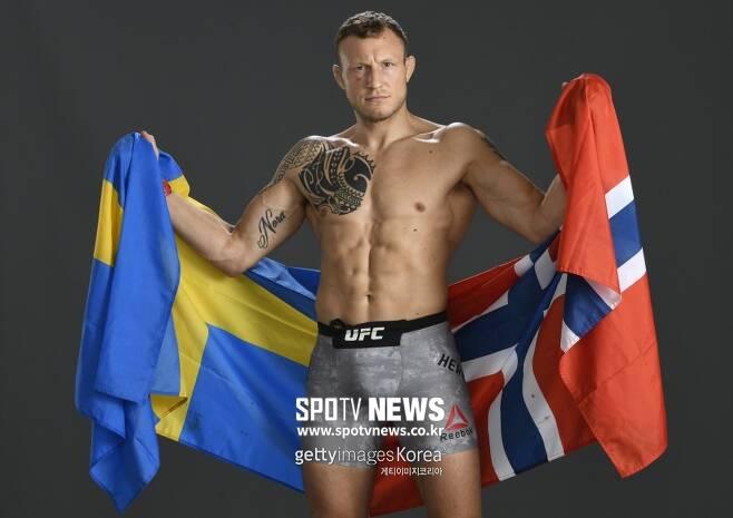▲ 잭 허맨슨은 오는 26일 UFC 온 ESPN 14 메인이벤트 로버트 휘태커와 대런 틸의 경기 승자와 붙고 싶어 한다.