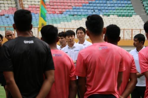 신태용, 올해 1월 인도네시아 U-19 대표 선발을 위해 소집 당시 [치카랑=연합뉴스]