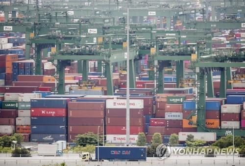 싱가포르항 컨테이너 터미널(기사 내용과 상관없음) [EPA=연합뉴스]