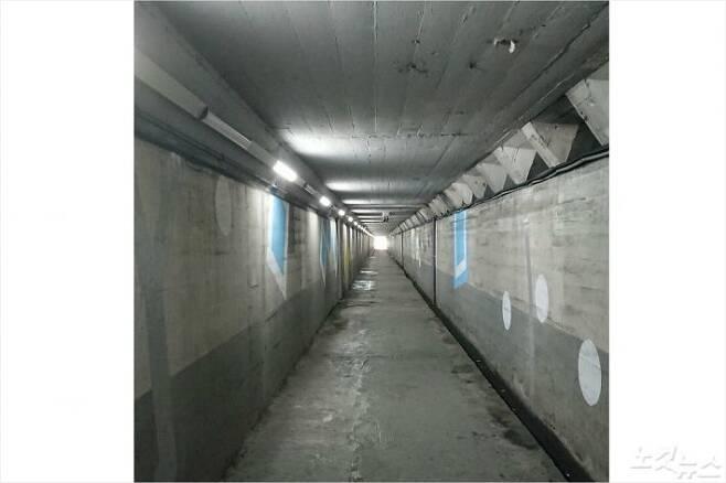 지난 23일 폭우로 시민 3명이 숨지는 사고가 발생한 부산 동구 초량동 지하차도의 내부 모습. (사진=부산 시민 제보자)