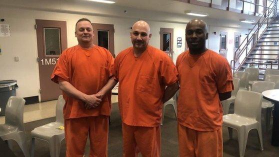 교도관의 목숨을 구해 화제가 된 세 명의 죄수들. [폭스뉴스]