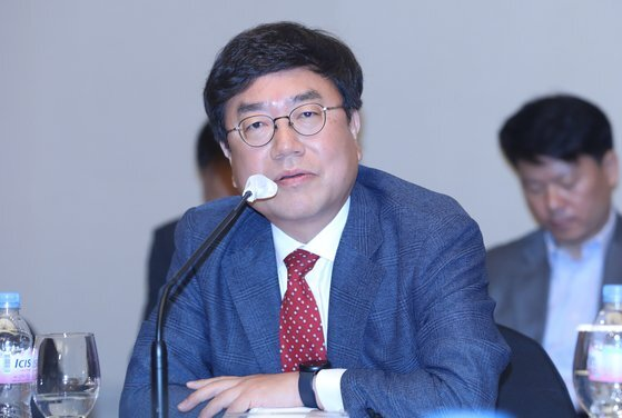 서범수 미래통합당 의원이 지난 5월 울산 롯데호텔에서 열린 '제21대 국회의원 당선인 간담회'에서 발언을 하고 있다. [뉴스1]