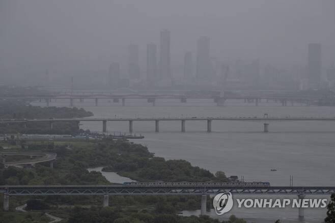 흐릿한 서울 [연합뉴스 자료사진]