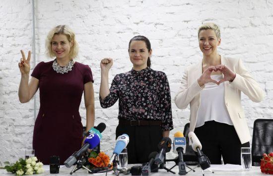 베로니카 체르칼로(왼쪽부터), 스베틀라나 티하놉스카야, 마리아 콜레스니코바 [이미지출처=EPA연합뉴스]