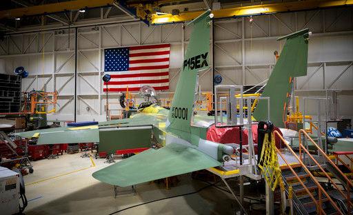 미 공군 F-15EX가 조립되고 있다. 미 공군 제공
