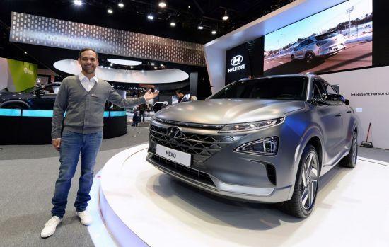 현대차가 2018 CES에서 공개한 차세대 수소차 넥쏘