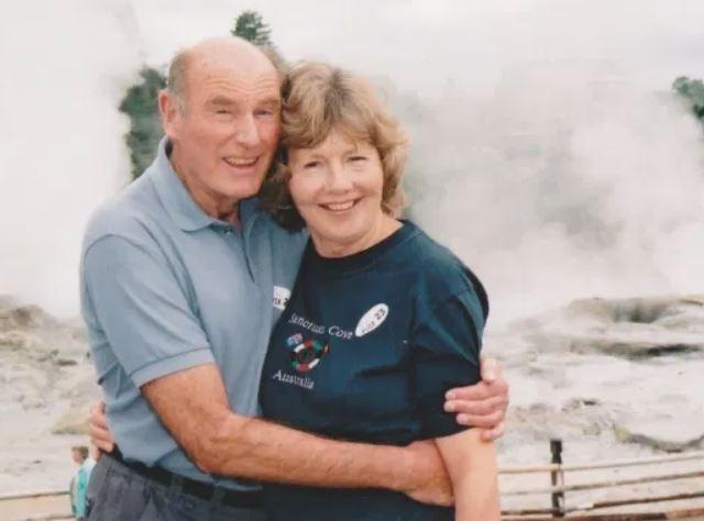35년간 함께한 아내 조가 별세하기 전 윌리엄스 할아버지 부부 모습 [영국 메트로 온라인판 갈무리]