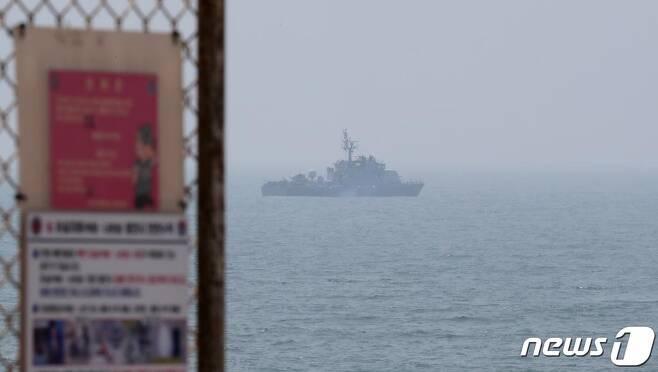 지난 6월 20일 오후 인천 옹진군 대연평도 앞바다에서 해군 고속정이 이동하고 있다. /사진=뉴스1