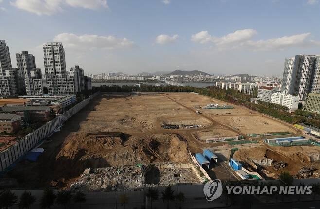 신반포3차·경남 아파트 재건축 현장 [연합뉴스 자료사진]