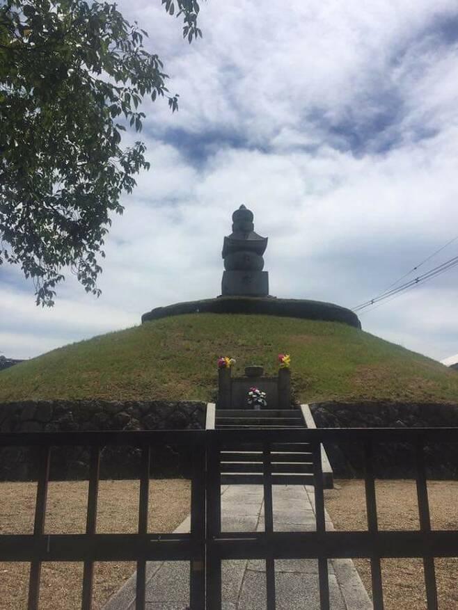 기자가 2016년 방문한 교토 '귀무덤'의 모습.
